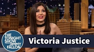 Download Victoria Justice Does Her Impression of The Rock Video