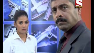 Download CID Kolkata Bureau - (Bengali) - Bipadseema Perie - Episode 121 Video