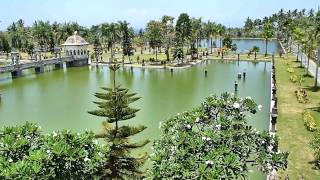 Download Taman Ujung Water Palace Karangasem Bali Video