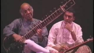 Download Ustad Vilayat Khan & Ustad Shujaat Khan- Bhairavi Video
