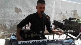 Download ARDILLI MUTLU YÜCE DAG BAŞINA KAR YAGMIS GIBı.... Video