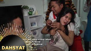 Download Tim Dahsyat bangunin paksa Syahnaz di hari Ulang Tahunnya [Dahsyat] [30 Okt 2015] Video