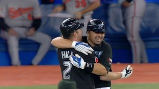Download Hill hits a walk-off single in the 11th Video
