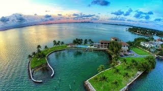 Download Captivating Waterfront Residence in Biscayne, Florida Video