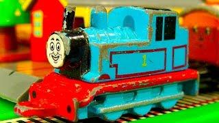 Download Thomas The Tank Collection 13 Mini ERTL Trains Thomas & Friends GOLD Video