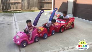 Download Ryan's Drive Thru Adventure with Lightning McQueen Power Wheels Ride On Car Video