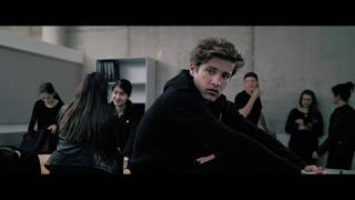 Download Kurzfilm ROSA SIEHT SCHWARZ [4K] [English Subs] Video