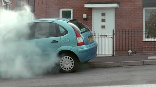 Download SMOKE BOMB PRANK | DESTROYING FRIENDS CAR Video