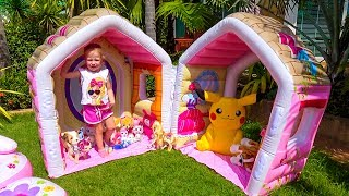 Download Playhouse for a lot of funny toys Video