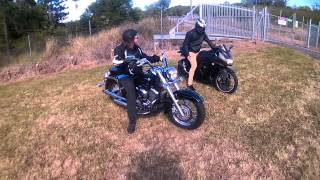 Download Yamaha V-Star 650 Classic and Kawasaki Ninja 250 burnout on the grass Video