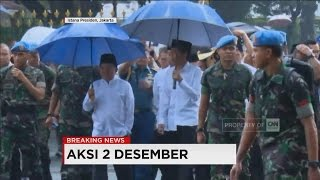 Download Jokowi - JK dengan Payung Tembus Hujan, Ikut Shalat Berjamaah di Monas Video