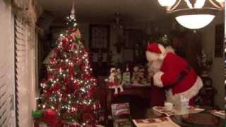 Download Santa caught on camera on Christmas night Video