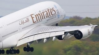 Download Airbus A380 vs. Boeing 747 Video