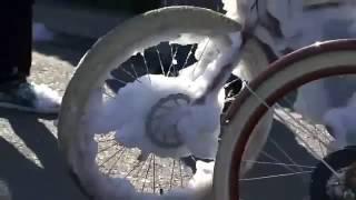 Download Mysterious snow like foam invades Santa Clara, California Video