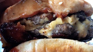 Download Five Guys A1 Double Bacon Cheeseburger   WELL DAYUM!!! Video