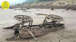 Download When This Oregon Lake Dried Up In 2015, The Relics Of An Eerie Ghost Town Emerged Video