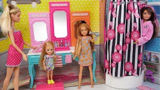 Download Barbie Chelsea Stacie New School Morning Routine - Packing lunchbox & Riding School Bus Video