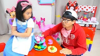 Download 보람이와 코난의 똘똘이 장난감 요리놀이 Minnie mouse cafe Toys Video