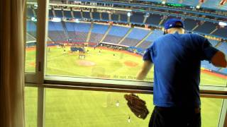 Download Catching a baseball inside the Rogers Centre hotel Video