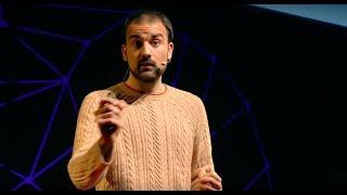 Download Todo lo que sabes sobre nutrición puede ser mentira. | Aitor Sánchez | TEDxMalagueta Video