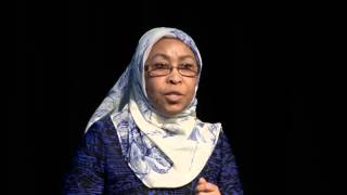 Download The truth about refugees | Faiza El-Higzi | TEDxQUT Video