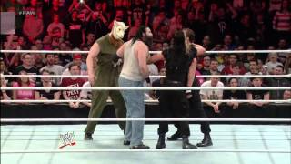 Download THE WYATT FAMILY VS THE SHIELD FULL FIGHT Video