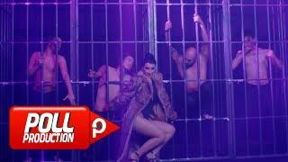 Download Hande Yener - Mor ( Official Video ) Video