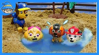 Download Paw Patrol Playing sand and water. Puppy rescue team, rescue mission start. Video