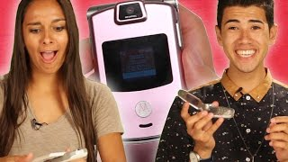 Download Teens Use Flip Phones For The First Time Video