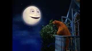 Download bruine beer in het blauwe huis 2 Video