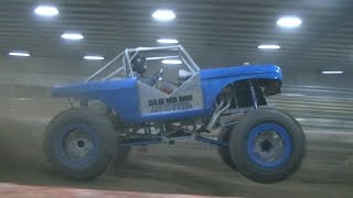 Download SOUTHERN MUD OUTLAWS MEGA TRUCK ARENACROSS Video