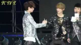 Download The Dork Couple; LayHan [Lay & Luhan : EXO M] Video