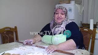 Download BAKLLAVAJA, TRADITA E BAJRAMIT, MEJREMJA: JAM MËSUAR NGA NËNA PREJ MOSHËS 12 VJEÇARE Video
