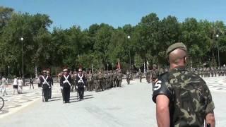 Download Parada Militar en la Plaza de España de Sevilla: Jura de Bandera de Civiles. Video