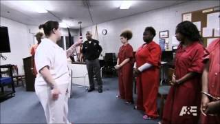 Download Jazmine Meets Her Mom In Jail - Beyond Scared Straight Video