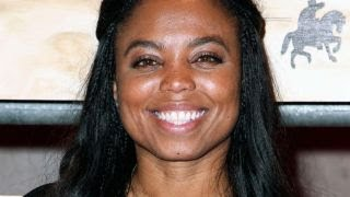 Download ESPN suspends Jemele Hill for telling fans to boycott NFL advertisers Video