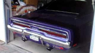 Download Dodge Charger 1969 Start up & Sound Video