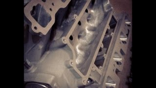Download Ported and polished 6.1 SRT8 hemi intake manifold Video