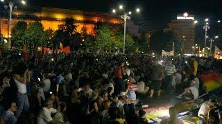 Download A doua zi consecutivă de proteste în Piaţa Victoriei Video