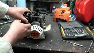 Download inspecting the Stihl 4mix 90 trimmer Video