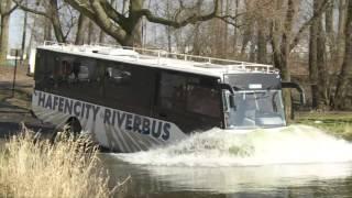 Download Erste Fahrt mit dem Hafencity Riverbus Video