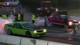 Download Revenge- Hellcat vs Shelby GT 500 drag race 1/4 mile Video