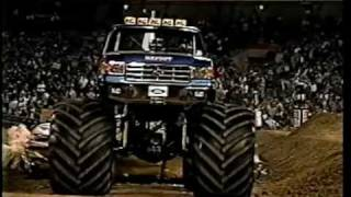 Download 80's Monsters and Mud Boggers - Bigfoot Record Setting Jump (56 feet) Video