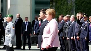 Download Bundeskanzlerin Merkel zittert beim Staatsempfang - das sagt sie dazu Video