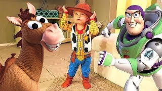Download TOY STORY DRESS UP! Video