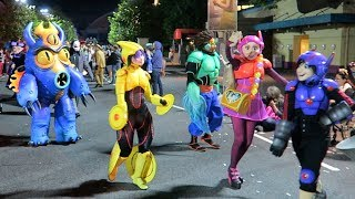 Download Most Disney Characters EVER in a Parade at the FanDaze inaugural Party at Disneyland Paris !! Video
