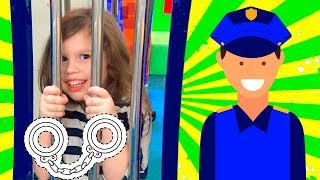 Download Police Agnes Pretend Play w/ Playhouse Police station Video