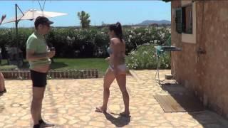 Download COMO NO LIGAR EN UNA FIESTA DE PISCINA Video