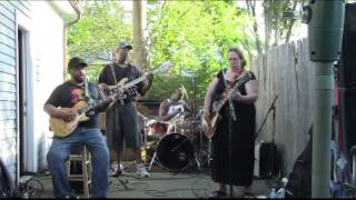 Download Unbelievable Version of Walkin' Blues Joanna Connor Band @ Carty BBQ in Norwood Video