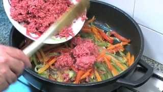Download Carne picada con verduras Video